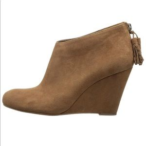 ANNE KLEIN Iflex Torny Cognac Wedge Booties